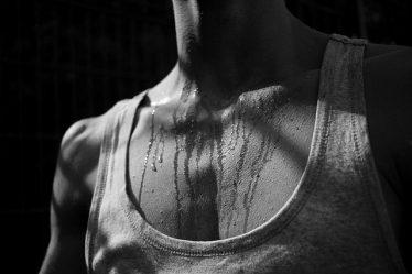 relación entre el sudor y el deporte