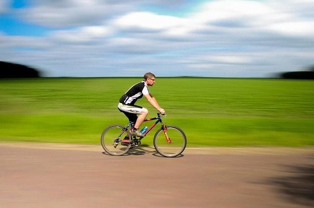 ejercicio en bicicleta